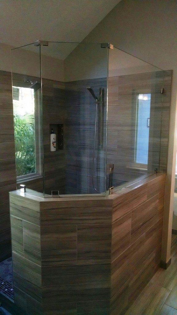 modern master bathroom in Kingwood area